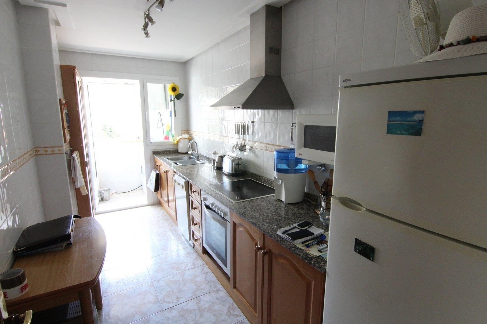 Appartement te koop in Moraira, met uitzicht op de zee.