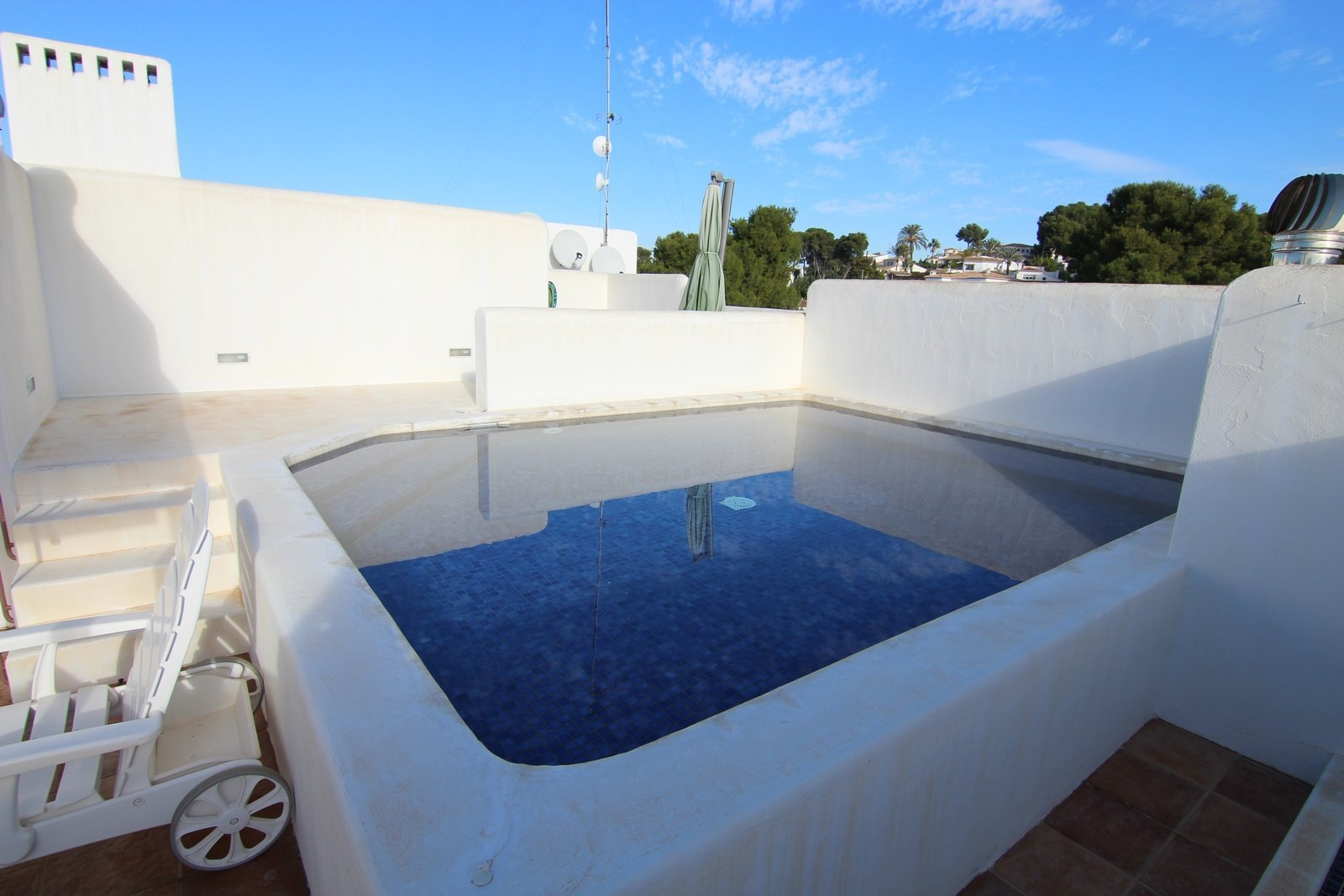 Luxe penthouse met prive zwembad .